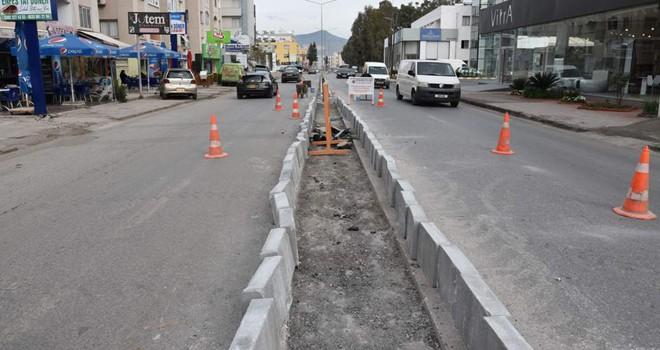 Şht. Mustafa Ruso Caddesi üzerindeki orta refüj geçişlerinin tümü kapatıldı