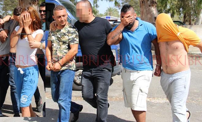 1'i kadın 6 genç tutuklu