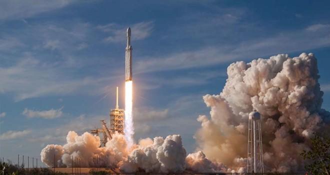 Falcon Heavy rotayı tutturamadı