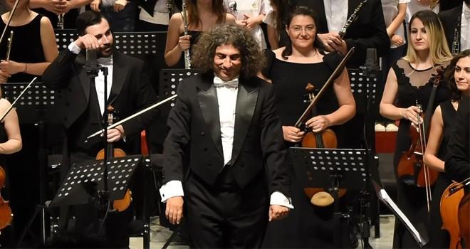 Mozart Oratoryosu'nun dünya prömiyeri İzmir'de