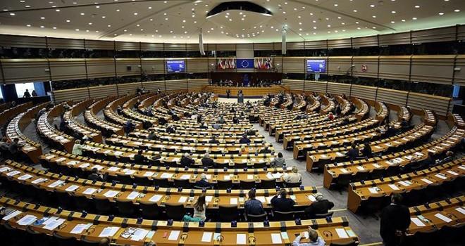 Avrupa Parlamentosu'ndan Türkiye'ye vize muafiyeti için Kıbrıs şartı