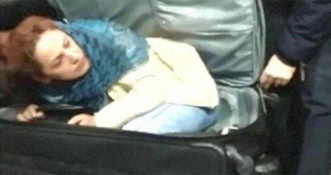 Valiz içinde Türkiye'ye girerken yakalandı