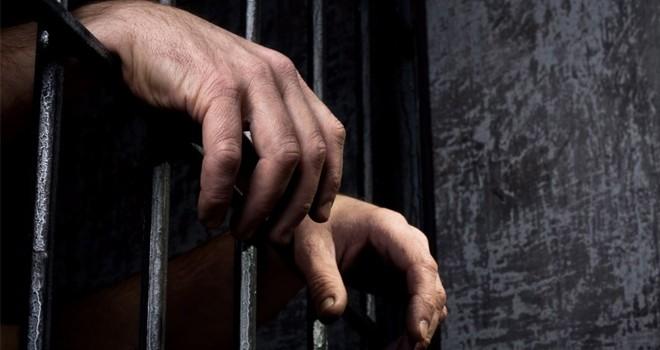 Öz babasını tecavüz suçlamasıyla 12 yıl hapse gönderen kız: Yalan söyledim