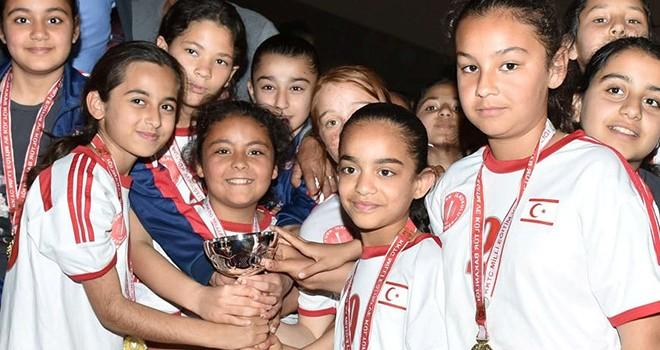 Şampiyon Atatürk ve Necati Taşkın