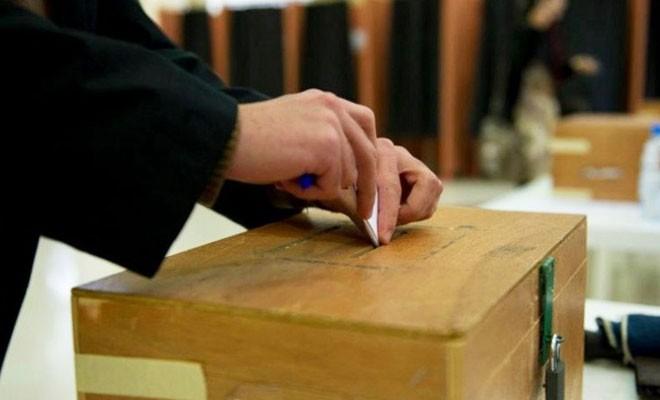 Kıbrıslı Türkler güneydeki yerel seçimlerde aday olabilir