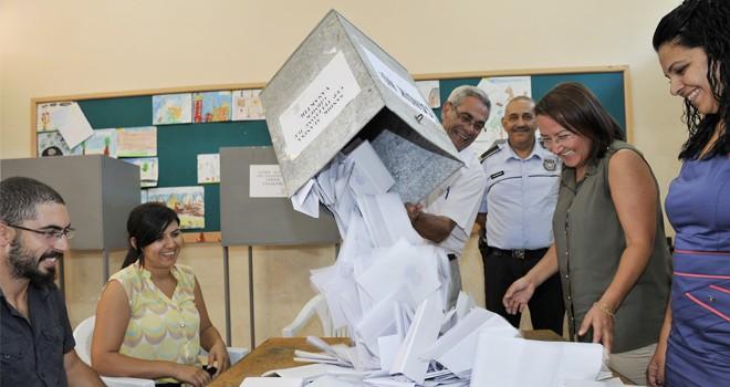 Meclis, erken seçim tarihini 13 Kasım'da görüşecek