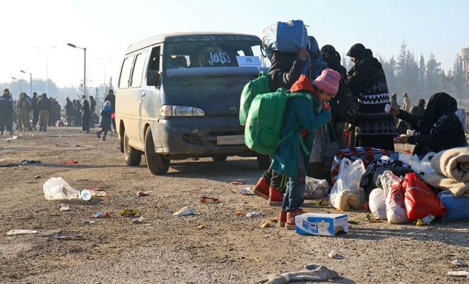 Çavuşoğlu: Doğu Halep'ten tahliye edilenlerin sayısı 20 bine ulaştı
