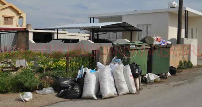 'Yenierenköy'  oldu 'çöp köy'