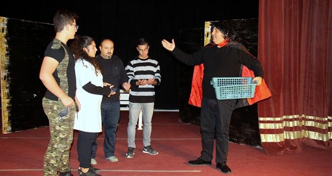 İskele Belediye Tiyatrosu'ndan yeni çocuk oyunu