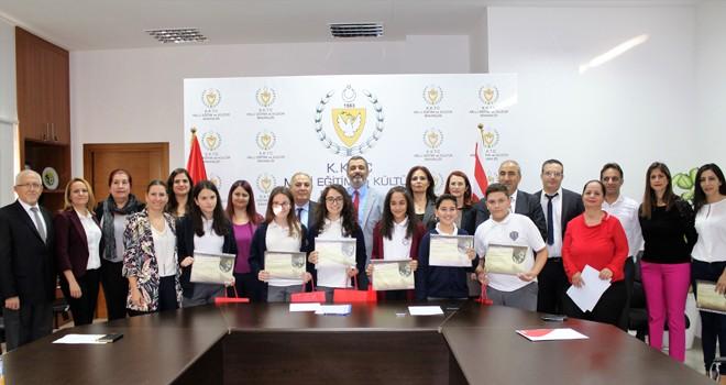 Atatürk Kompozisyon Yarışması'nda başarılı olanlara ödülleri verildi