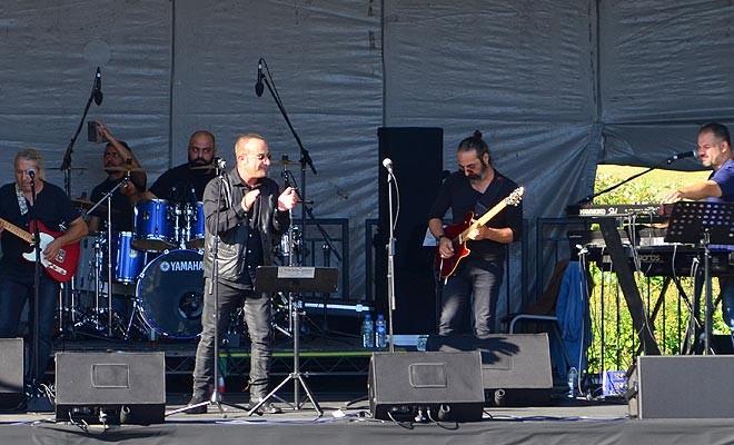 İlk konser Ali Altay ile Grup SOS'ten