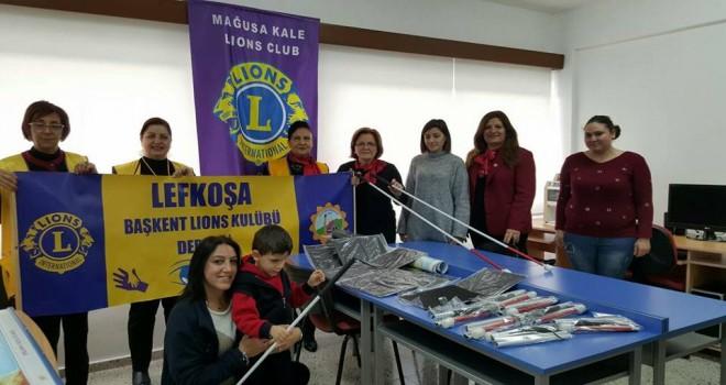 Başkent ve Mağusa Kale Lions kulüplerinden görme engelliler okuluna yardım