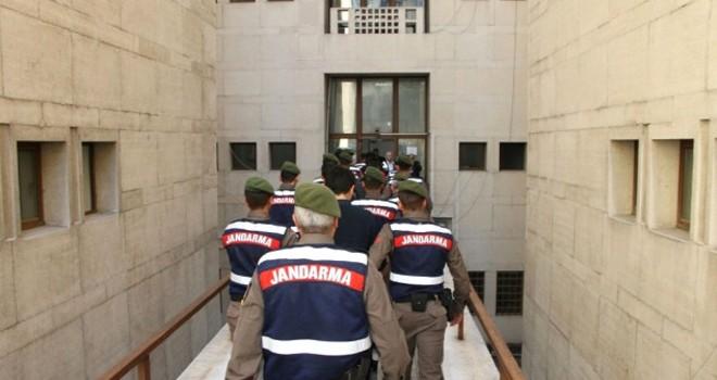 KKTC'ye uzanan FETÖ operasyonunda 2 tutuklama