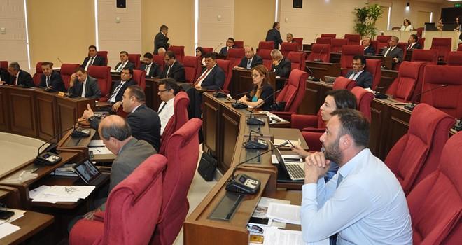 Mecliste, bazı yasaların ivedilikle ele alınması onaylandı