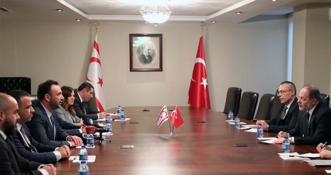 Bakan Çeler Ankara'da Akdağ ile görüştü