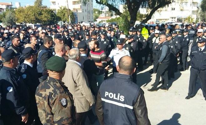 """""""Polis Genel Müdürü Yardımcısı'nın emri ile eylemcileri ezdiler"""""""