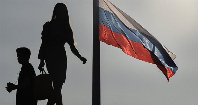 Lavrov: Soğuk Savaş'ın bile kuralları vardı, ABD'yle İngiltere edep kurallarını bıraktı