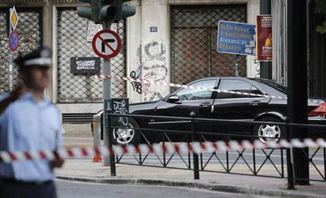 Yunanistan eski başbakanına bombalı saldırı