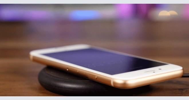 iPhoneX için kablosuz şarj aleti ürettiler