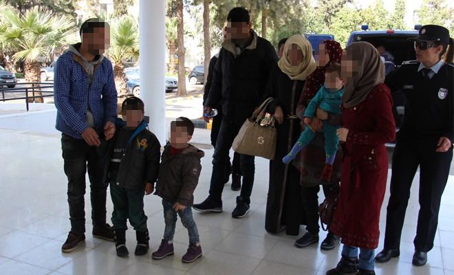 9 Suriyelinin 2'si güneye ihraç edildi!
