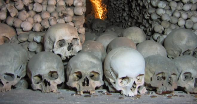 1400'lü yıllara ait insan kemiği bulundu