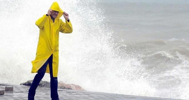 Küresel ısınma Akdeniz'de Tropikal fırtınaların sıklığını artıracak