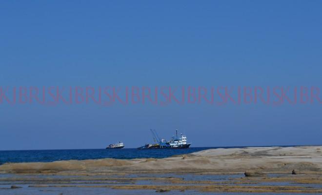 6 gırgır teknesi, Karpaz'a demir attı