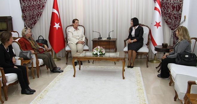 Meclis Başkanı Siber, Saygın'ı kabul etti