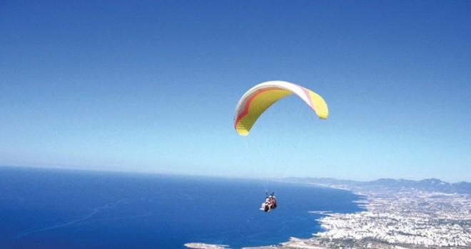 Girne Kaymakamlığı cuma günü drone uçuşları, deniz ve dağ paraşütü gibi aktivitelerin yapılmamasını istedi