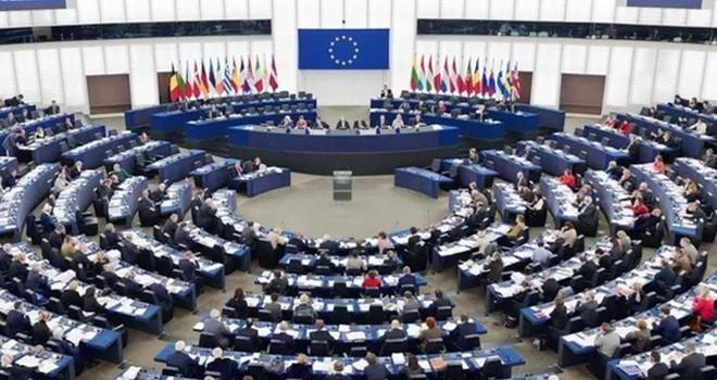 Rum AP Milletvekilleri Türkiye'ye mali yardım ambargosu için baskı yapıyor