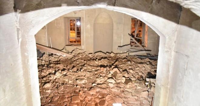 Teröristlerden Kilis'teki camiye roketli saldırı