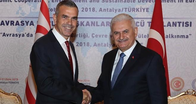 Uluçay, Antalya'da Binali Yıldırım ile görüştü