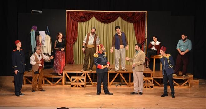 """""""İstibdat Kumpanyası"""" tiyatroseverlerle buluşuyor"""