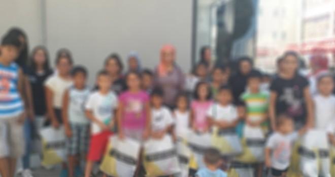 Kıbrıs Vakıflar İdaresi'nden çocuklara bayram hediyesi
