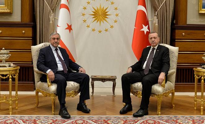 Akıncı Erdoğan'la bir araya geldi