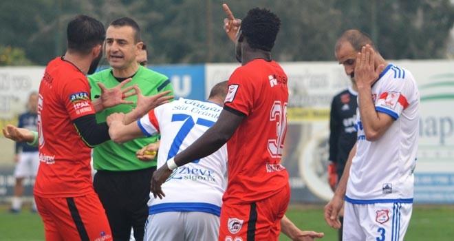 Emeka'ya 4 maç ceza