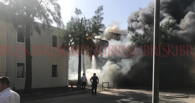 DAÜ'de yurt binası yandı