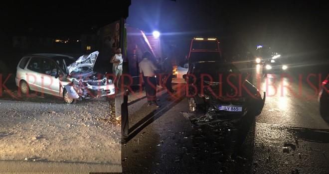 5 araç hasar gördü,  1'i yaya 4 yaralı