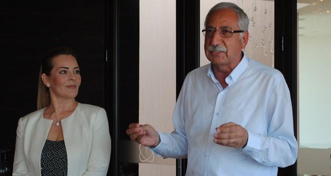 Güngördü: Kıbrıs'ta elektrikle yolları süpüren tek belediye biziz