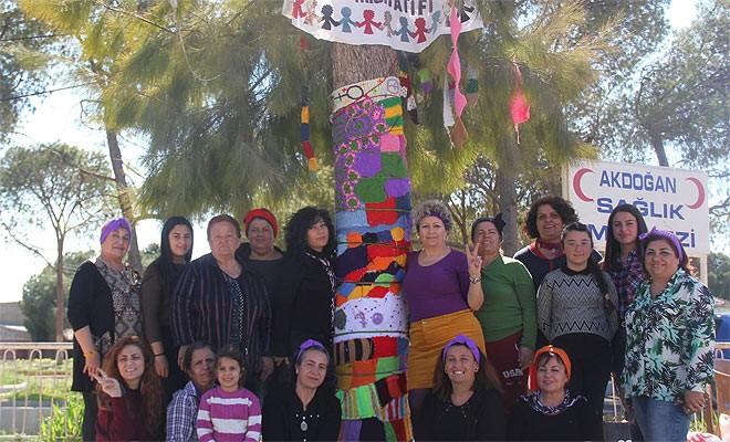 """Mesarya Kadınları İnisiyatifi'nden """"Ağaç Giydirme Eylemcesi"""""""