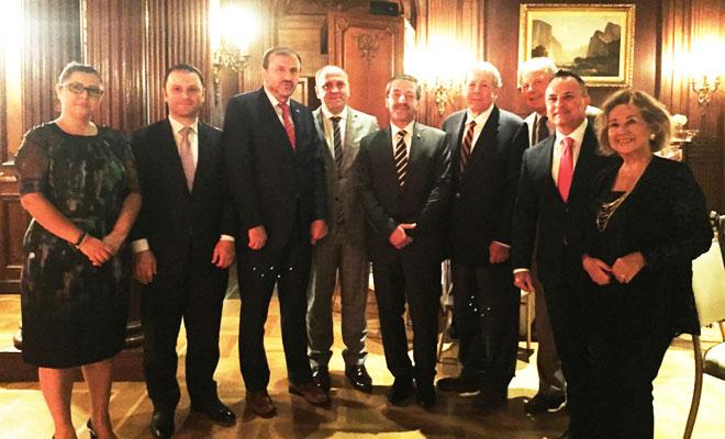 Ertuğruloğlu, ABD'deki milletvekilleriyle görüştü