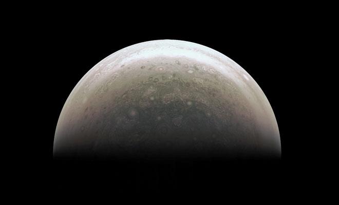 Jüpiter'in güney kutbu ilk kez görüntülendi