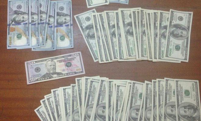 Sahte dolarları tedavüle sürdüler, tutuklandılar