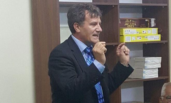 Arıklı: Varisleri Denktaş'ın ismini ticari bir meta olarak kullanıyor
