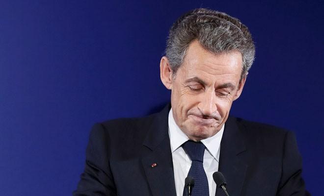 Sarkozy elendi