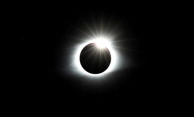 FOTOĞRAFLI: ABD güneş tutulmasını böyle izledi