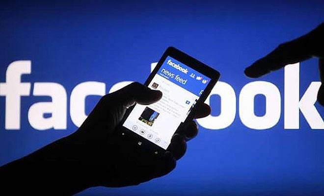 Facebook'ta başkalarını izlemek mutsuzlaştırıyor