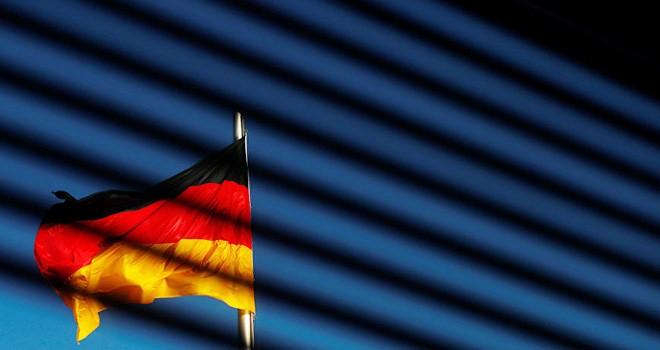 Almanya'ya iltica başvurusu değerlendirme süreci 5 yıla çıkarıldı