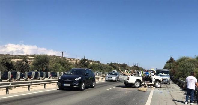 Lefkoşa-Limasol yolunda feci kaza: 2 ölü, 1 ağır yaralı