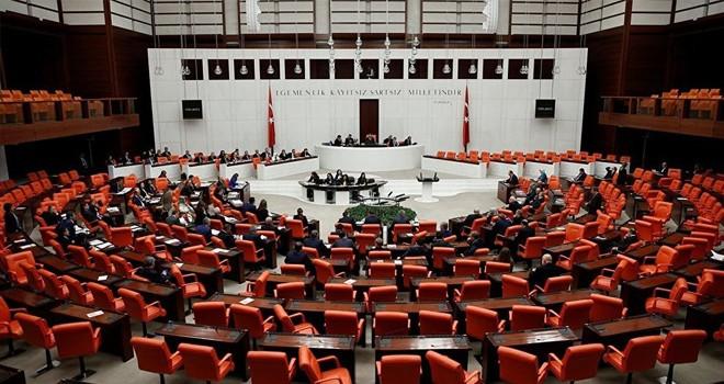 Vekiller, çocuklara yönelik istismar raporuna ilgisiz: Meclis boş kaldı
